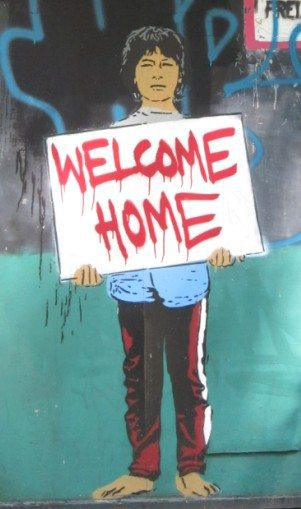 "Street art / graffiti in Berlin ""Welcome Home"" (2011-07)"
