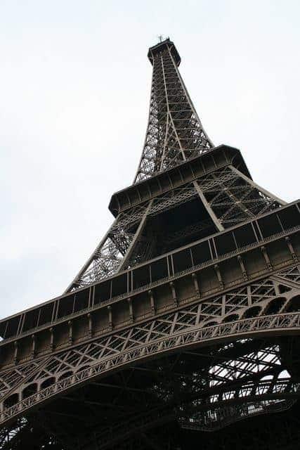Seeing the Eiffel Tower, Paris, FR (2011-10)