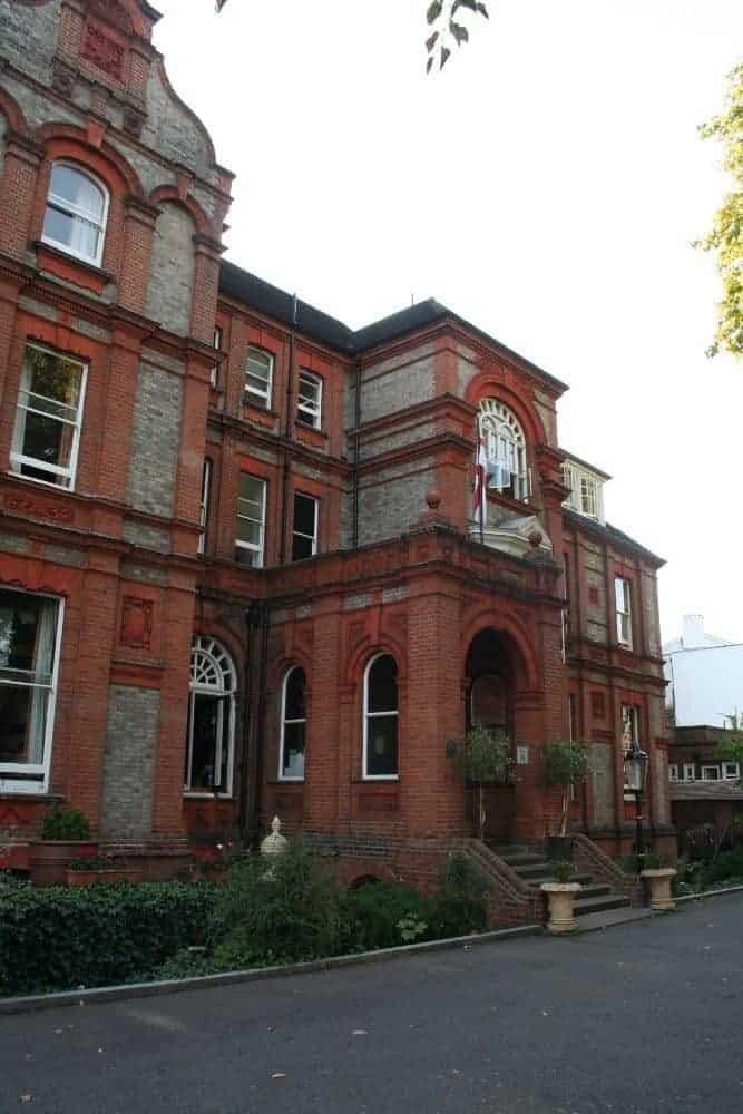 Palmer's Hostel Swiss Cottage, London, UK (2011-10-02)