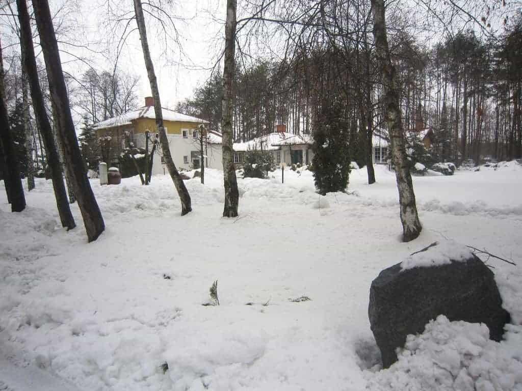 Snow in Osieck, Poland (2013-04-04)
