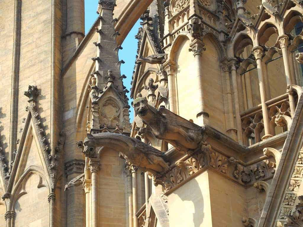 Gargoyle on Metz cathedral, France (2014-07)