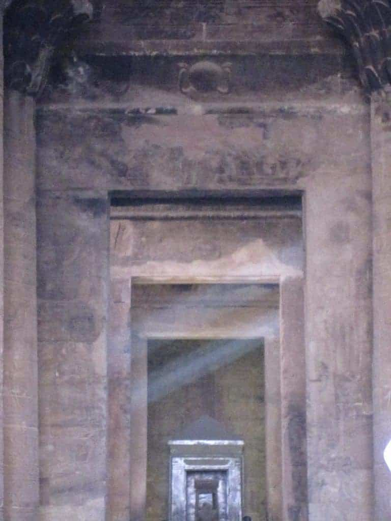 Light in Edfu Temple, Egypt (2012-07)