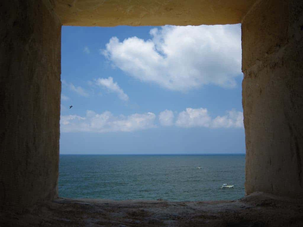 Looking out of the window in Qaitbay Castle, Alexandria, Egypt (2012-08)