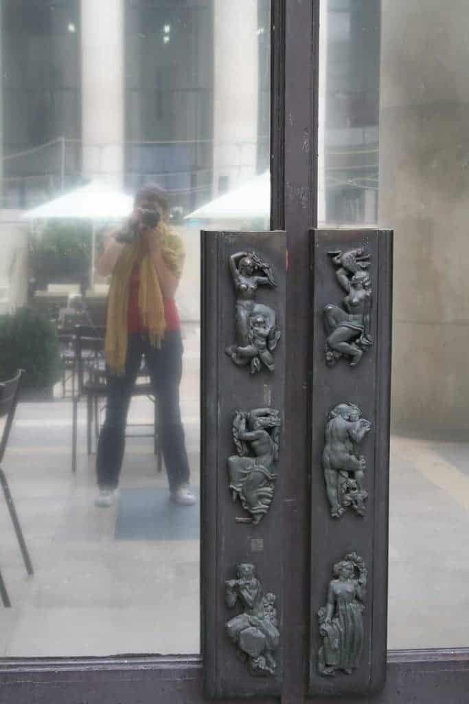 Carola at Tokyo Palace, Paris, France (2011-10)