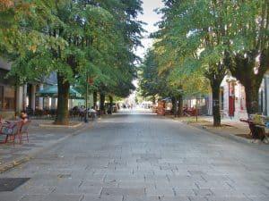 Cetinje main boulevard, Montenegro (2016-10-01)