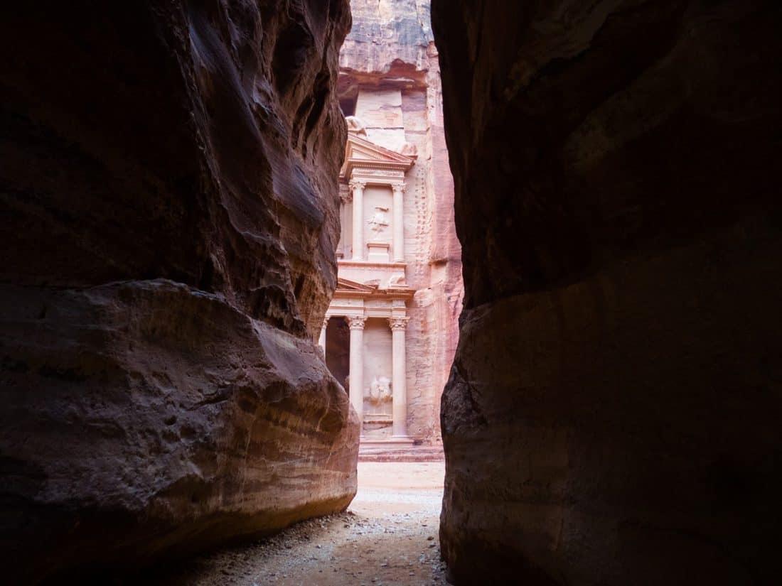 Walking through the Siq in Petra towards the Treasury, Jordan (2016-12-26)