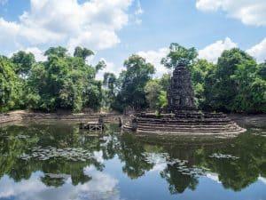 Large basin at Neak Poan Angkor Big Circuit, Siem Reap, Cambodia (2017-04-10)