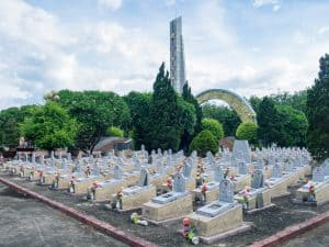 DMZ Tour: army graveyard outside Dong Ha, Vietnam (2017-06-26)