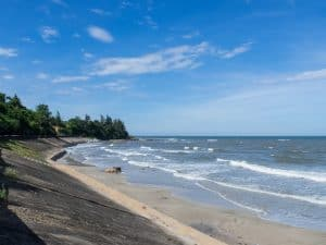 DMZ Tour: beach at the end of Vinh Moc tunnels, Vietnam (2017-06-26)