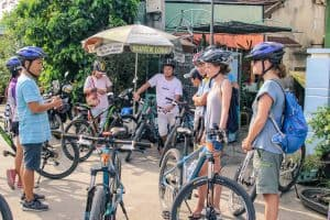 Setting out for our Hoi An food tour