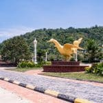 Golden rooster sculpture, Kep, Cambodia (2017-04)