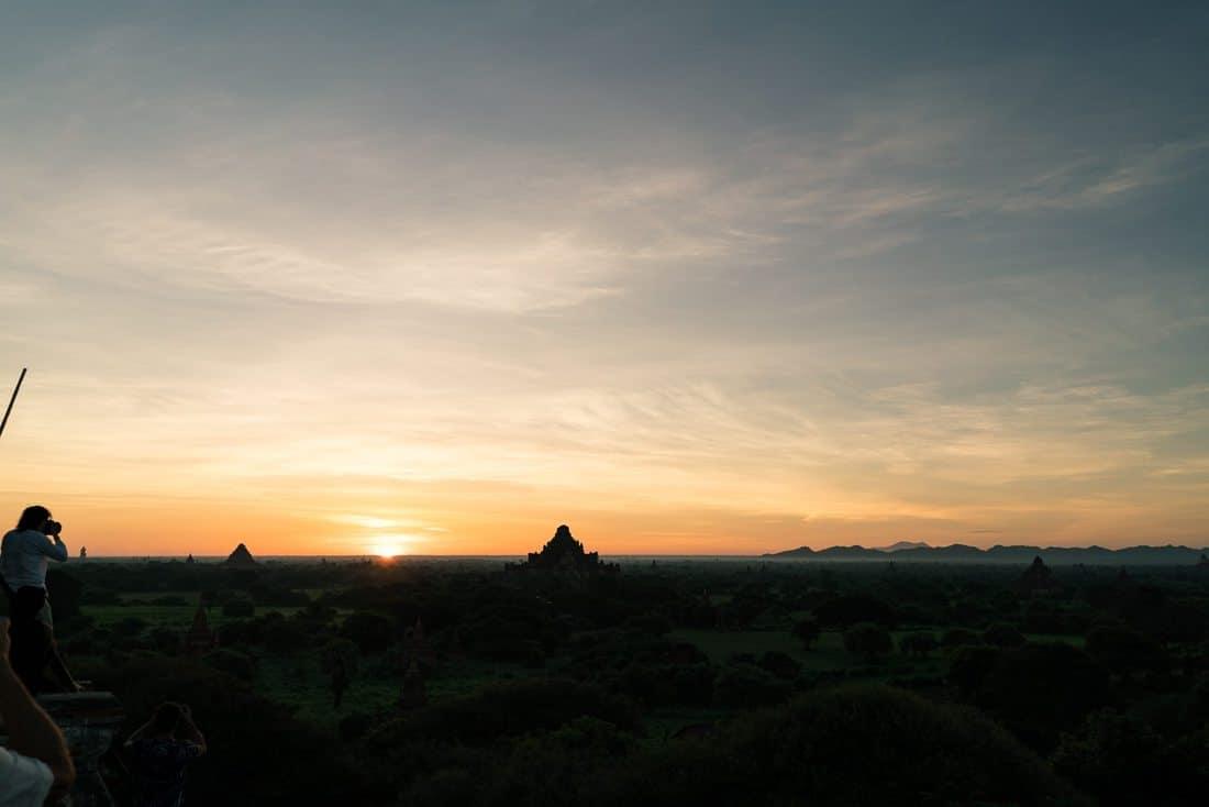 Sunrise from Shwesandaw Pagoda, Bagan, Myanmar (2017-09)