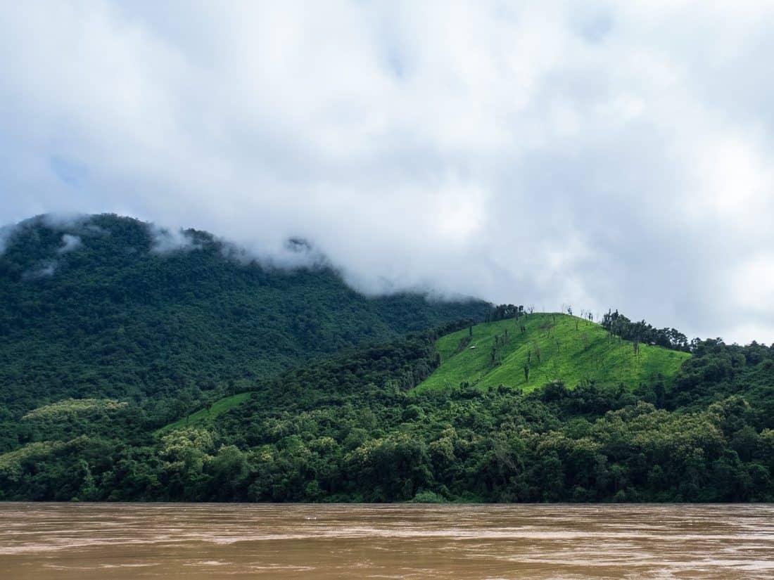 Clouds along the Mekong river, Luang Say Mekong river cruise, Luang Prabang to Huay Say, Laos (2017-08)