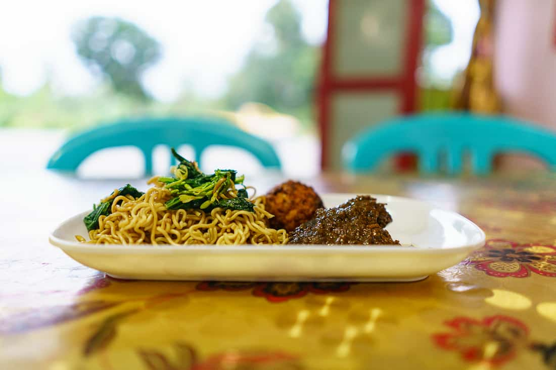 Mie goreng and rendang dinner, Suai, East Timor